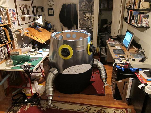 robotpriest4.jpg