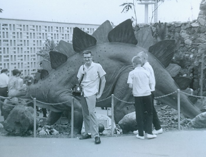 Stegosaurus10-700x534.jpg