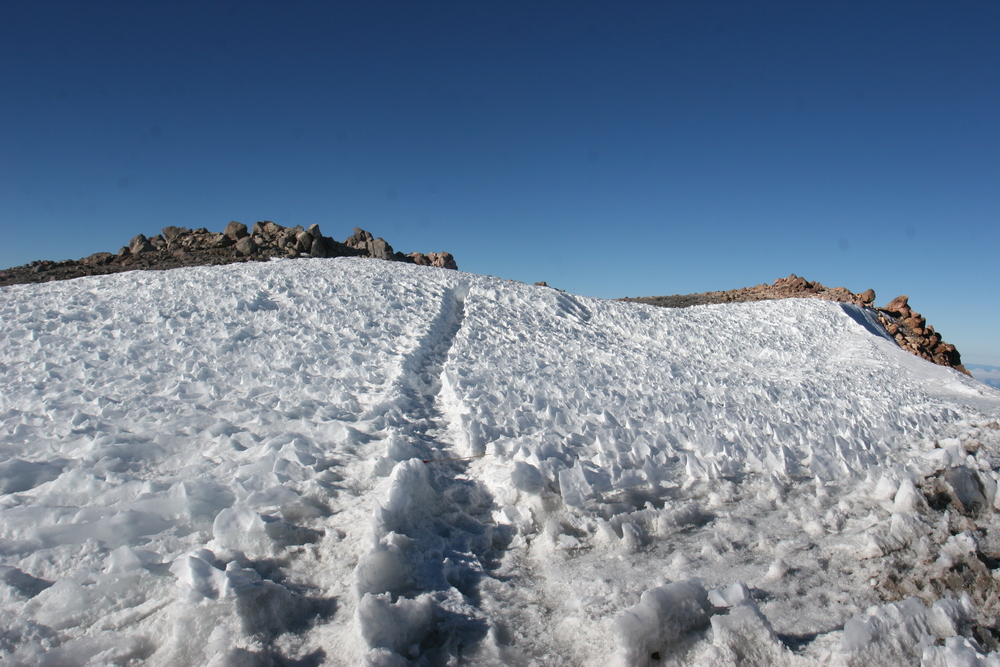 Summit approach, Mount Shasta