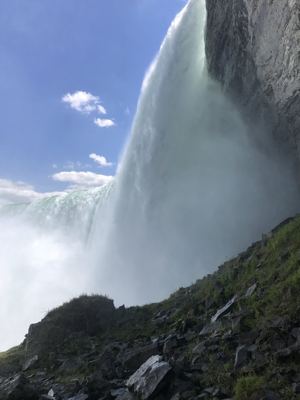 The most impressive views to be found in Journey Behind the Falls are of Horseshoe Falls.