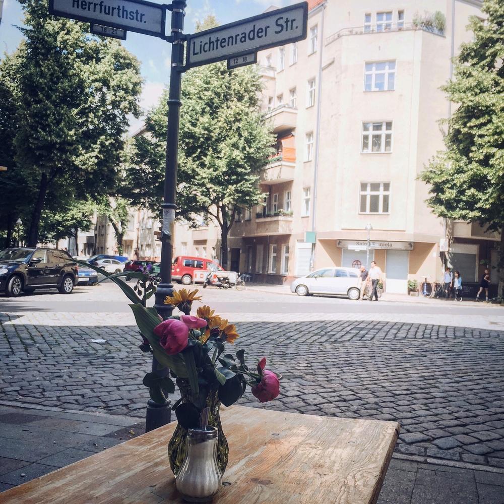 Engels Cafe, Berlin