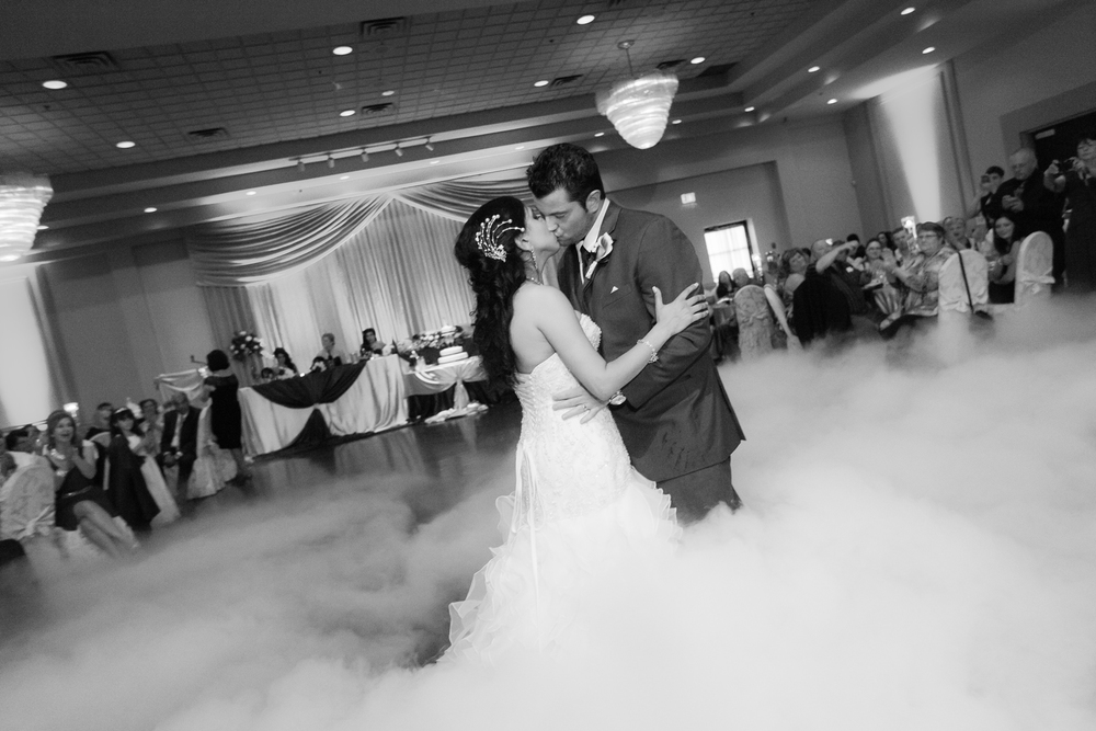 Toronto Wedding Photography - Steph & Kyle 26.jpg