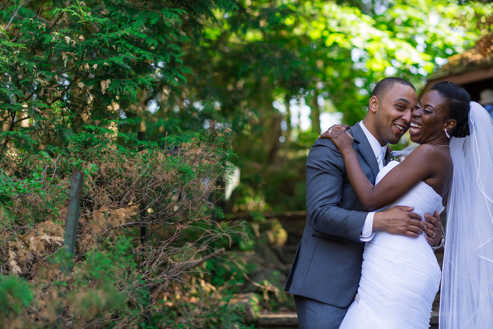 Romantic Toronto Botanical Gardens Wedding Photography