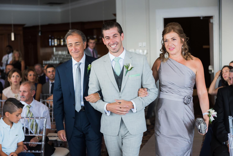 Oakville Harbour Wedding Photography | Jennifer + JamesMatthew ...