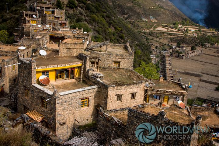 CH SCHN Tibetan door -2.jpg