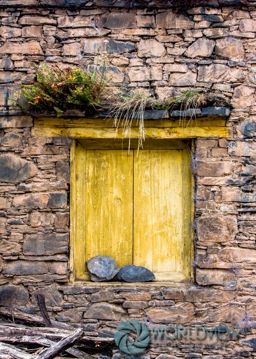 CH SCHN Tibetan door -6.jpg