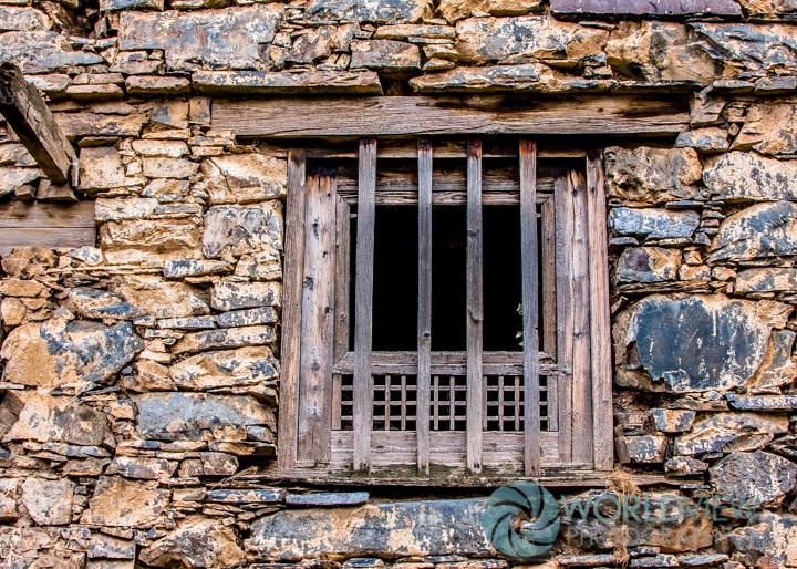 CH SCHN Tibetan door -10.jpg