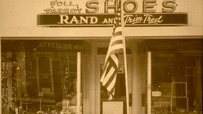 Parrott Shoes_Witzigs_web.jpg