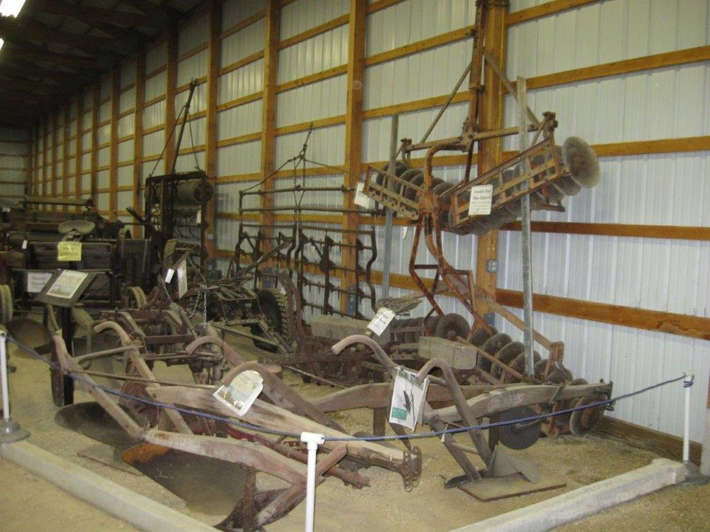 GD Prairie Queen Plow, Progressive Tilliage & Planting  Equipment.jpg