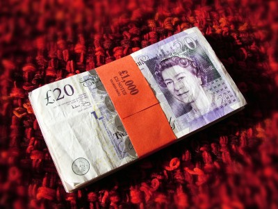 A £20 note or $50 bill is as much as needed for general circulation. It encourages more use of banks and cards.