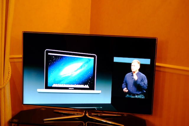 Apple's presentation live, courtesy of Apple TV.