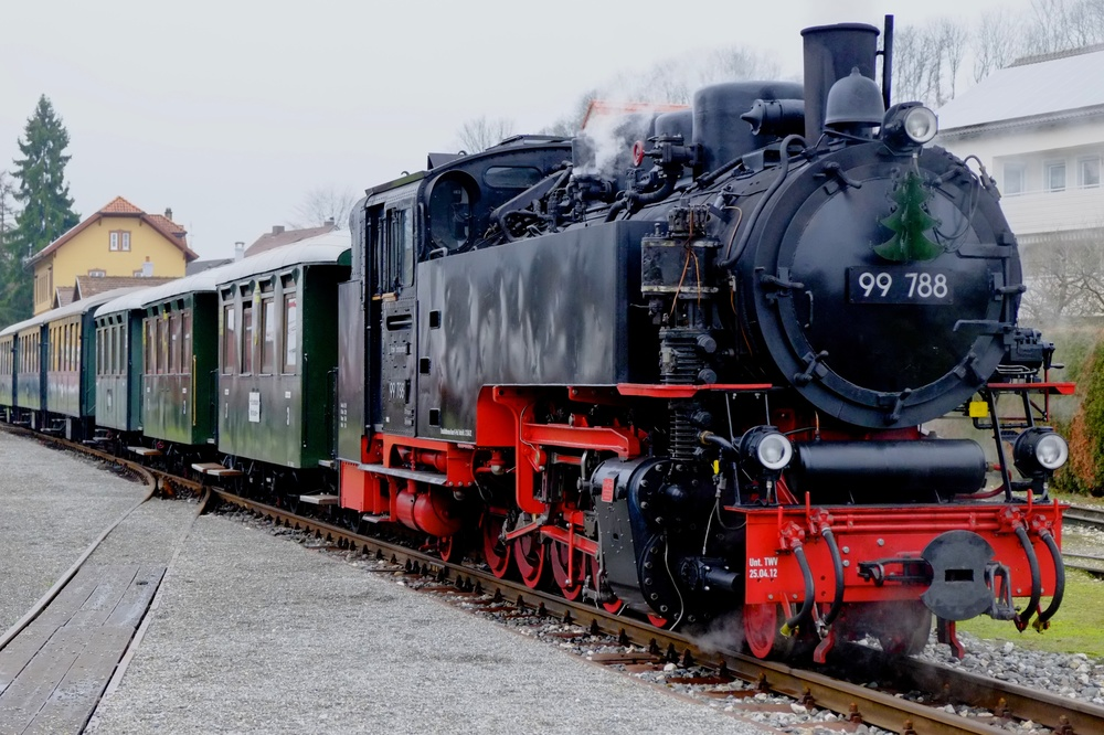 Locomotive 99788 at Ochsenhausen station in Schwabia. It was built in 1956 at the Karl Marx People's Own Locomotive Works at Babelsberg in the former East Germany.