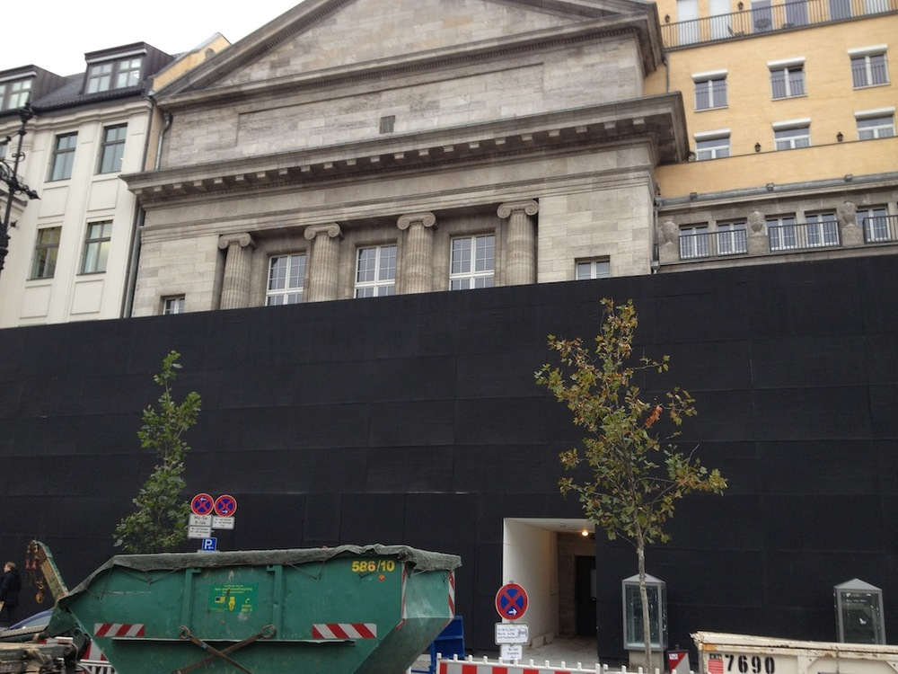 Still under construction, the Apple Store with the longest gestation period is coming to Berlin in March. (Photo courtesy of Macerkopf.de)