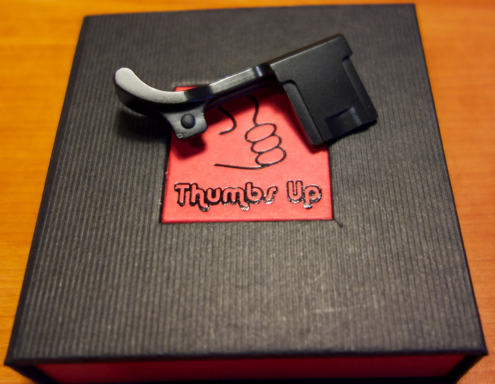 The Thumbs Up is a quality confection that comes in an attractive presentation box together with a personal note from the craftsman and designer, Tim Issacs in Seattle.
