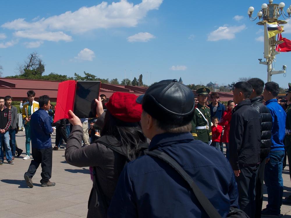Tian'anmen, Beijing. Leica X2, f/5.6 at 1/640, ISO 200, 50% crop