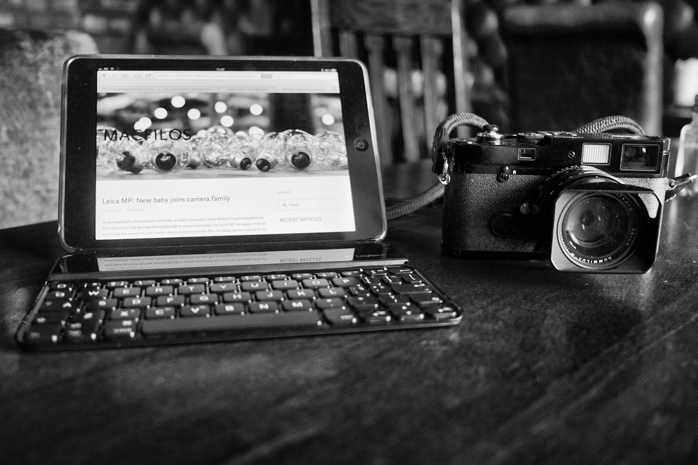 iPad mini, Logitech Ultrathin keyboard and Leica MP film camera vintage 2004