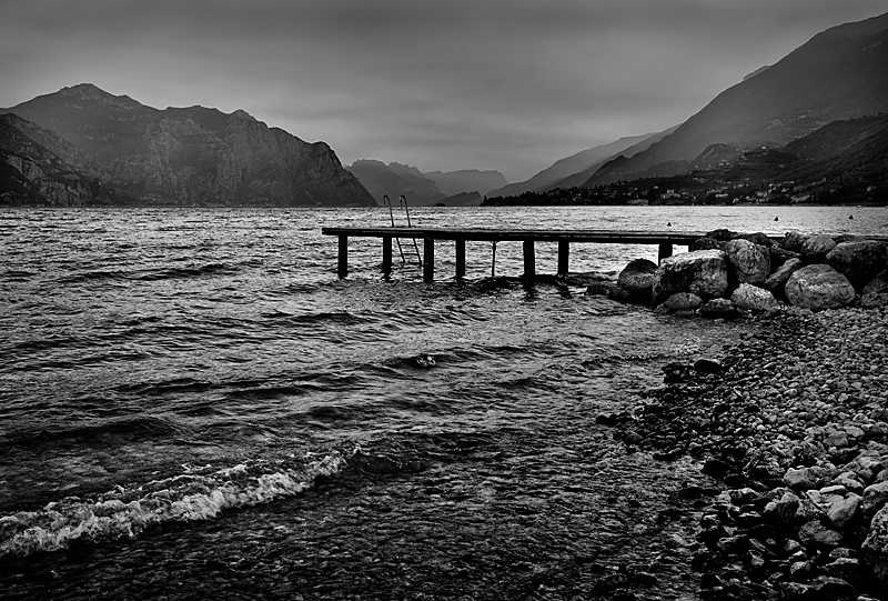 Lake Garda: 50mm Summilux, ISO 320 (Photo George James)
