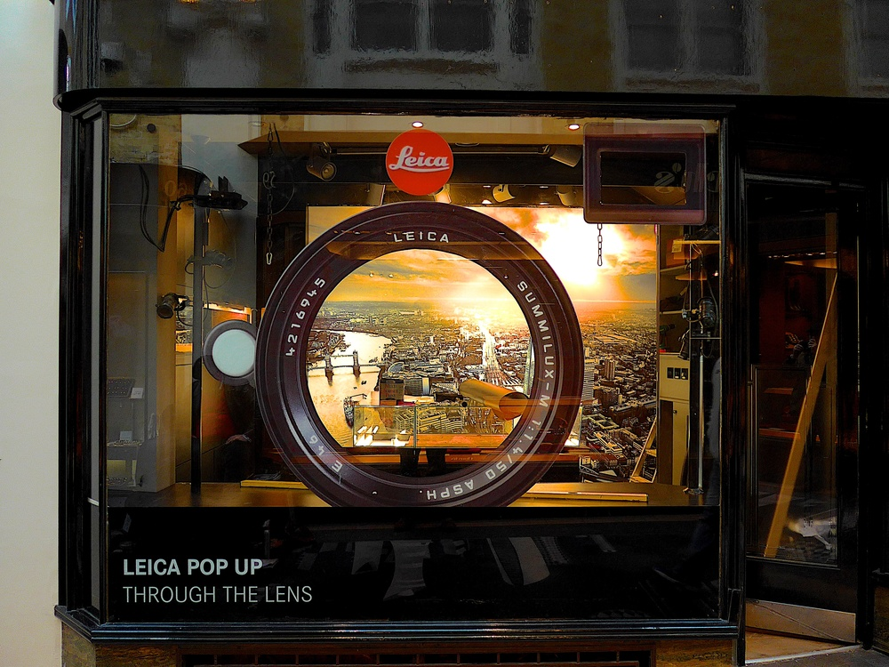 Work in progress: Leica's new pop-up store in Burlington Arcade a couple of hours before it opened (Photo Mike Evans, Leica C)