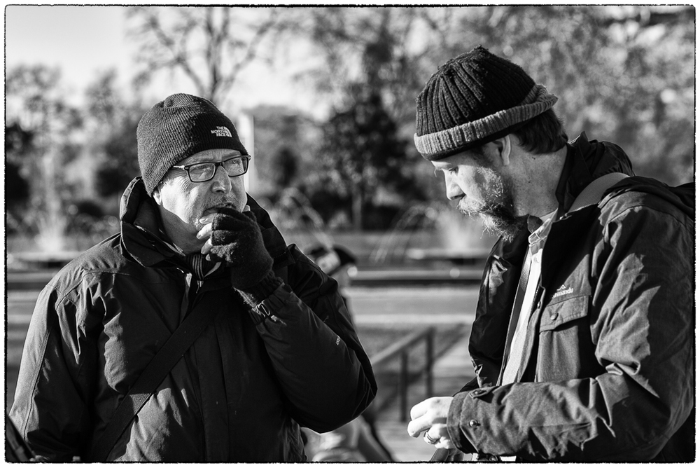 The author resplendent in hi-tech texting gloves and Michelin-man anorak, discusses the A7r with Dan Bachmann at Marble Arch (photo John Cartwright)