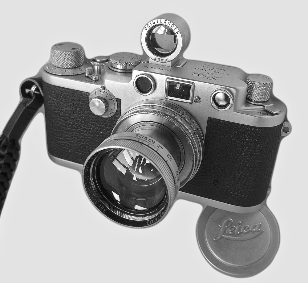 My Leica 1953 Leica IIIf and 1939 50mm Summitar lens, still capable of producing superb results