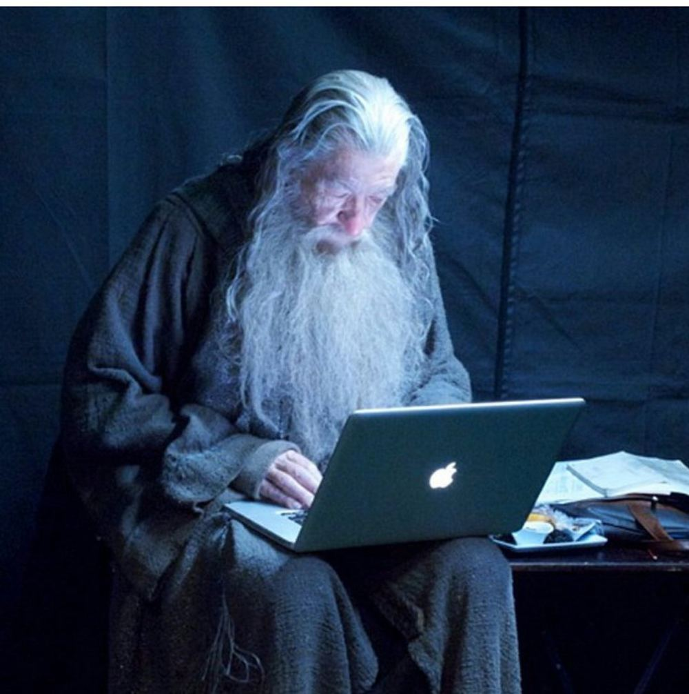 gandalf lotr macbook apple.jpg
