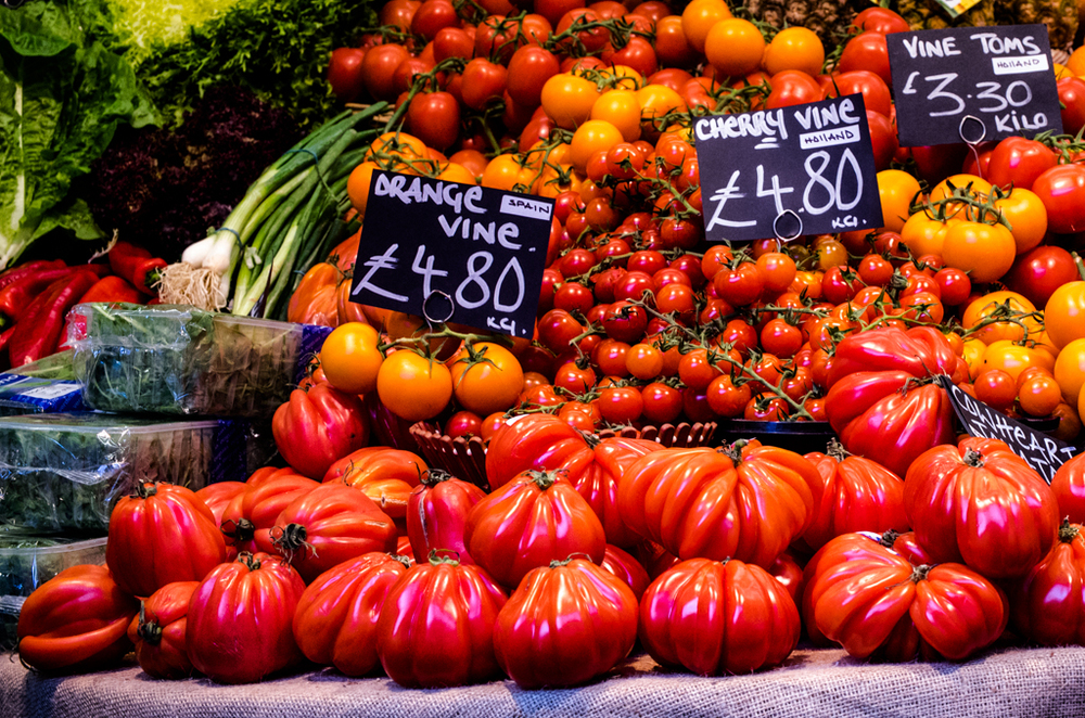 Borough Market is always a hot spot for peppers. Vario-Elmar at ISO 1250, f/6.3, 60mm equivalent