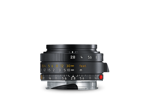 The 28mm Elmarit (f/2.8) is one of the smallest and lightest M-system lenses. Sharp, versatile with an impressively wide depth of field, this is an ideal optic for street photography when you need to get extremely familiar with your subjects. Note the wide-spaced focus-zone markings (bottom scale) which induce the depth of field you can expect with this lens at, say, f/5.6 or f/8. (Photo: Leica)