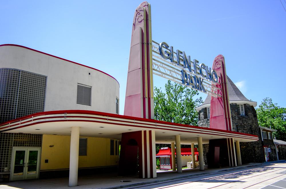 Past glories of Glen Echo Park, 27mm, ISO 100