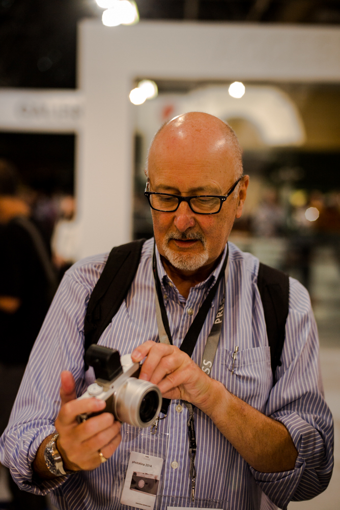 First hands on the new X: The camera looks stunning in the silver and brown trim and that silver lens is a beauty. It's just a pity that the black Visoflex appears even larger than it would do if it were in silver colour