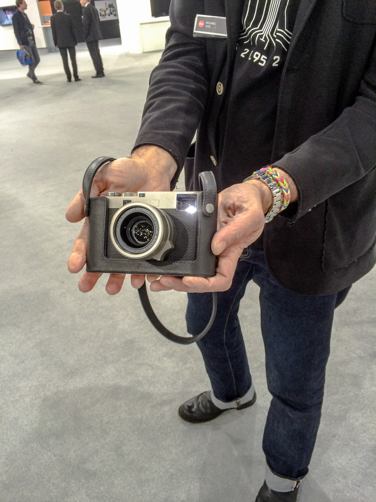 Michael Agel demonstrates his everyday Leica M60. (Photo: iPhone 5S)