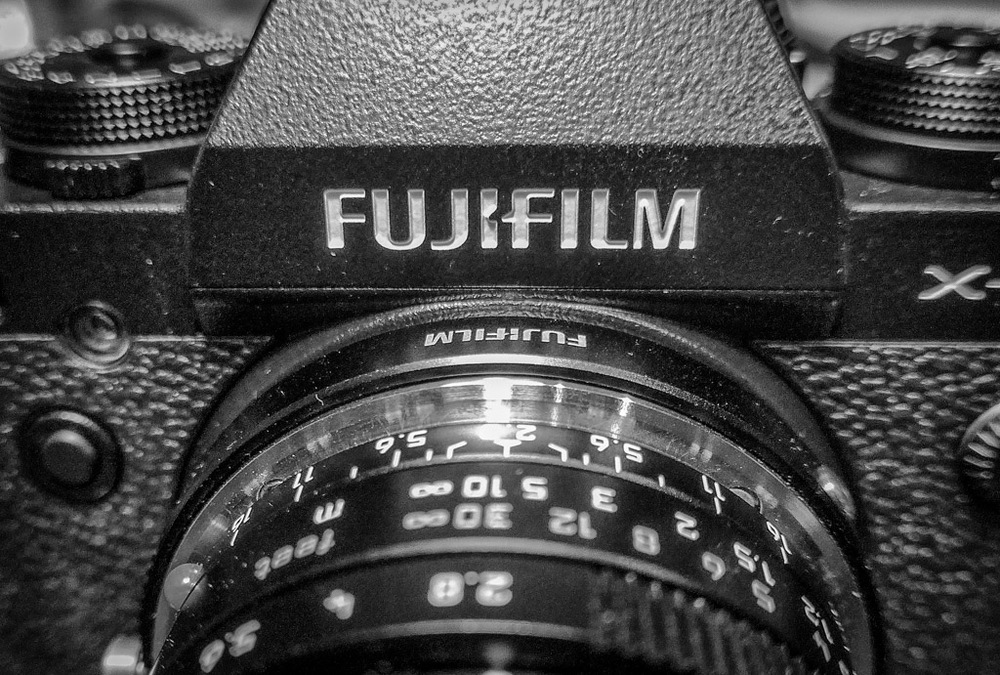 With Leica's 28mm f/2.8 Elmarit lens