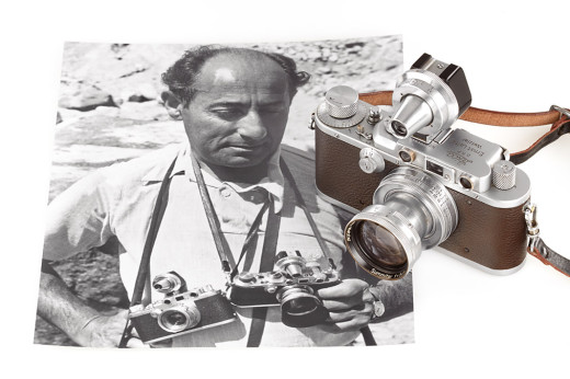 "Alfred Eisenstadt with the ""Times Square"" Leica IIIc inset (Photo: Westlicht Auctions)"