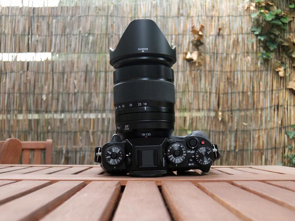 Fujifilm XF 18-135 fits better on an X-T1 2.jpg