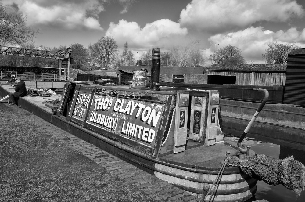 Canal Barge at the Black Country Museum: f/5.6 @ 1/160s, ISO 100