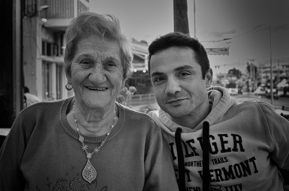Kiria Koula and Dimitris in Vari, Athens.f/2.8 @ 1/50s, ISO 100