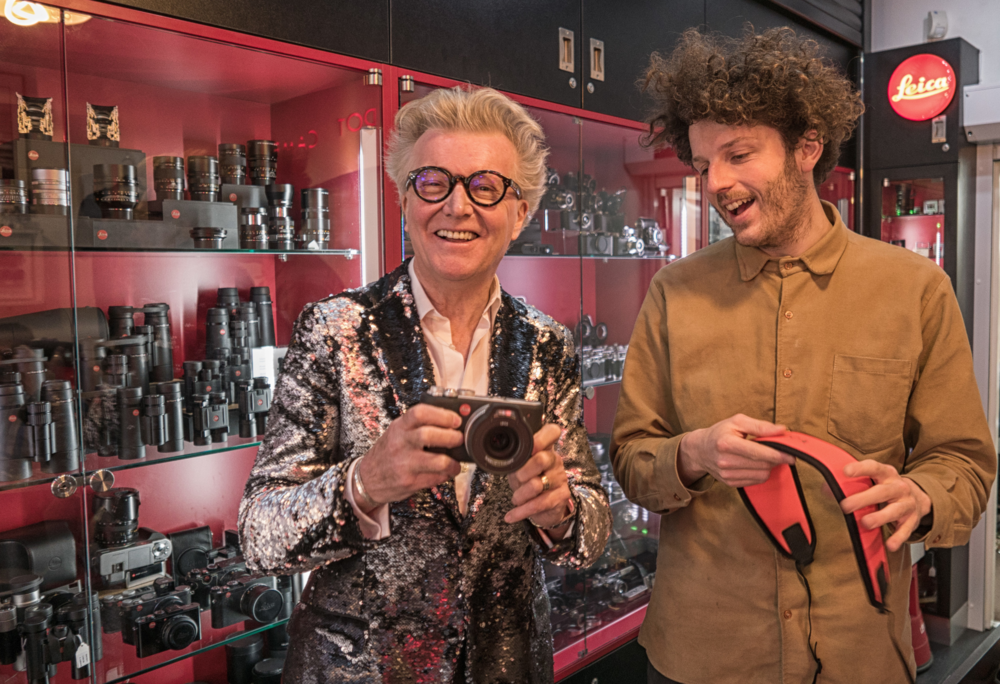 Steve collects his new Leica X-U from Francis Qureshi of Red Dot Cameras (Photo Michael Evans, Leica D-Lux)