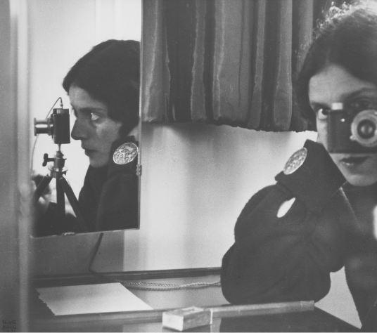 Ilsa Bing had the selfie business sewn up in 1932. It's all done by mirrors, just like today (thanks to William Fagan for this link)