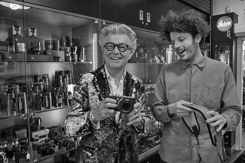 Steve Edge collects his Leica X-U from Francis Qureshi at London's Red Dot Cameras (Photo Mike Evans, Leica D-Lux)