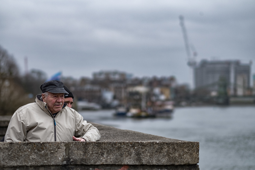 Above: Senior members of the London Corinthians Sailing Club keep an eye on the Boat Race practice from the club's command post at Hammersmith Mall. Below: Critical focus at f/1.2 with the Fujinon 56mm. On the left, focus on the camera, on the right, focus on the face. You have to choose which you want, or take the drastic step of dialling in f/4 or something similar