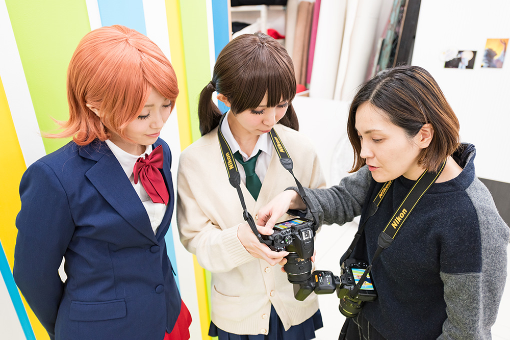 Photographer Yoriko Inoue (right) and cosplay model Rinami (left). Photo Nikon
