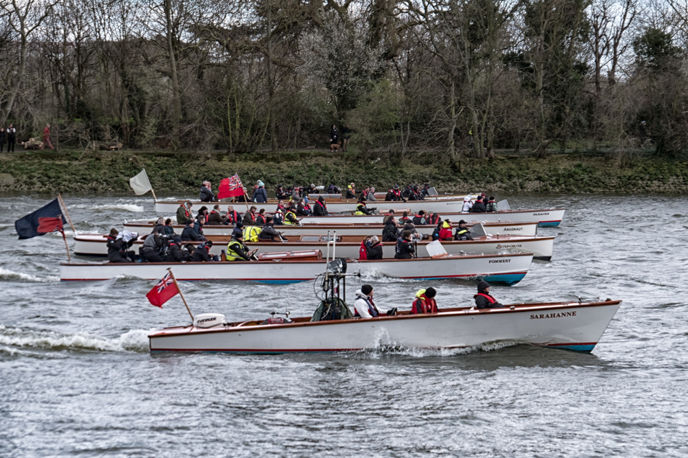 Camp followers: You would be forgiven for imagining that this is the race. These wonderful period river launches, the Sarahanne, the Pommery, the Bosporos, the Argonaut, the Panache and the Amaryllis, speed along behind the two contesting boats (f/5.3@1/240s, ISO 200, 66.6mm)