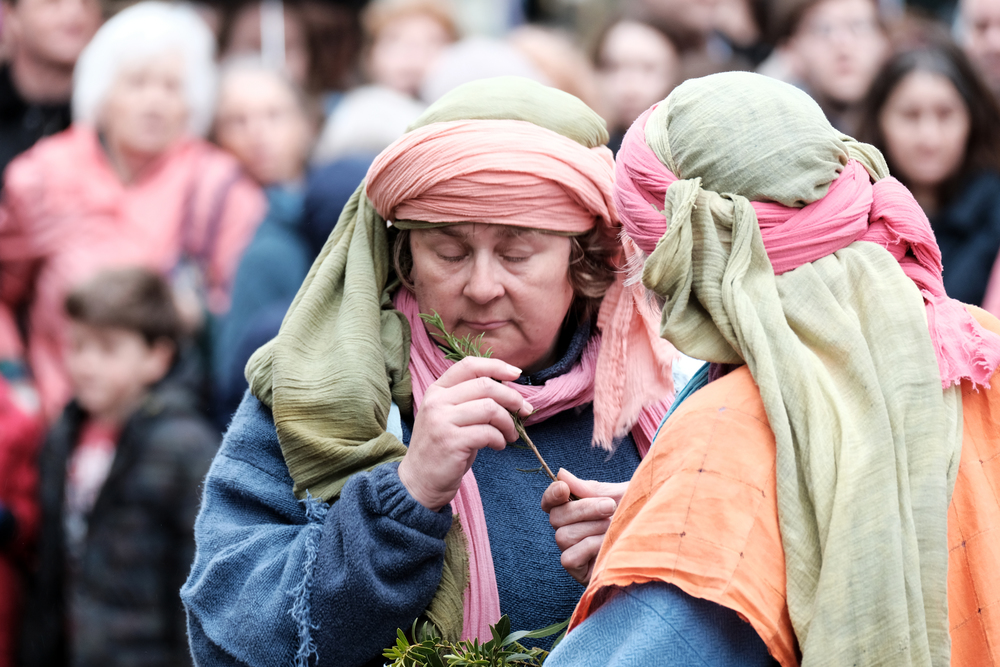 Guildford Passion 2016 XPro2 100-400 People 1.jpg