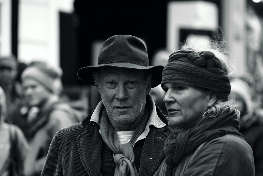Guildford Passion 2016 XPro2 100-400 Spectators 1 mono.jpg