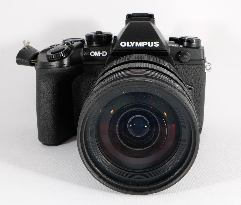 Olympus 12-40 on EM-1