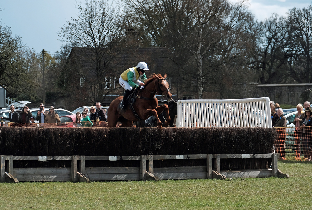 Peper Harow P2P April 2016 XPro2 08 Race.jpg