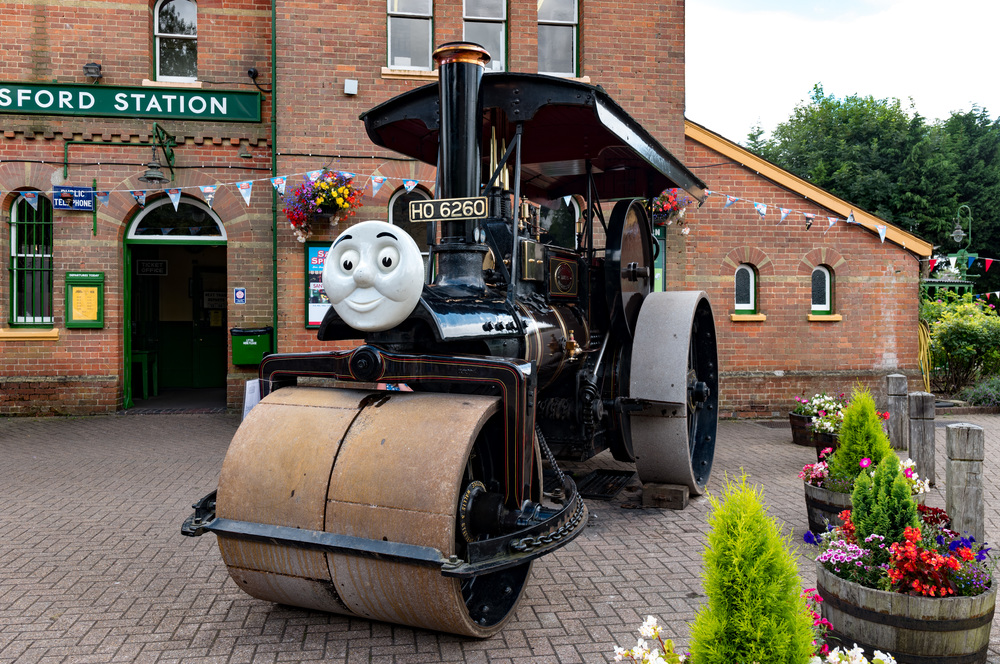 George the steam roller was parked outside Alresford station, quietly chugging away and ready for immediate but unspecified action.