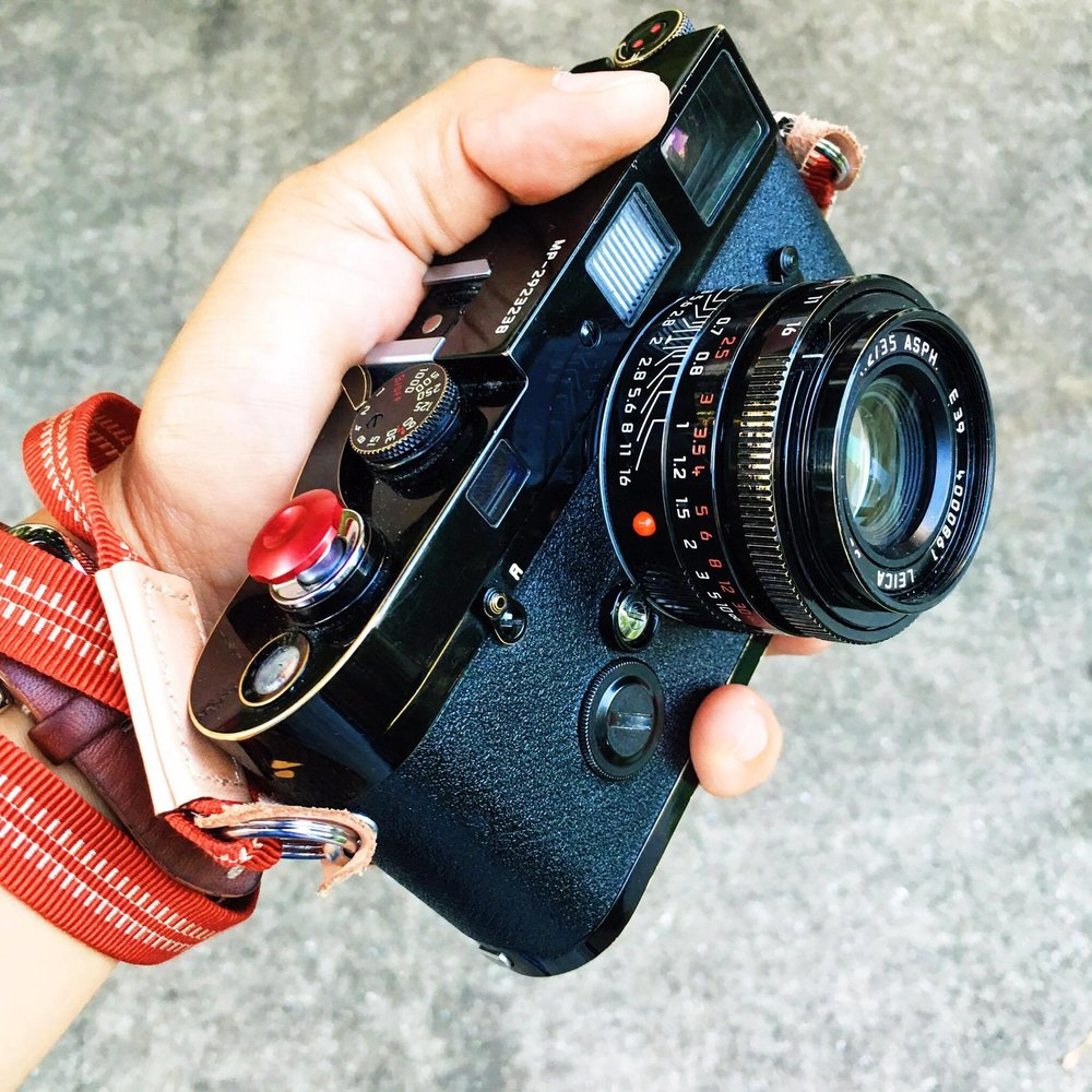 Kai's beautiful MP with black-paint 35mm Summicron ASPH (Photo Kai Elmer Sotto)