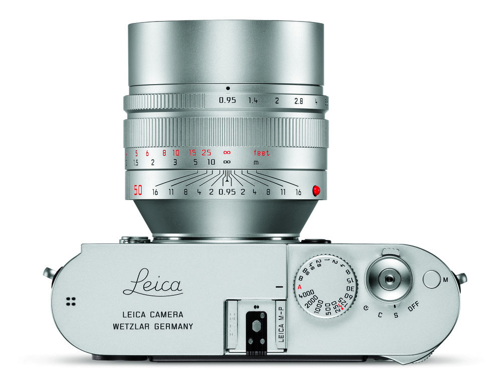The latest post-2008 Noctilux mounted on the Leica M-P