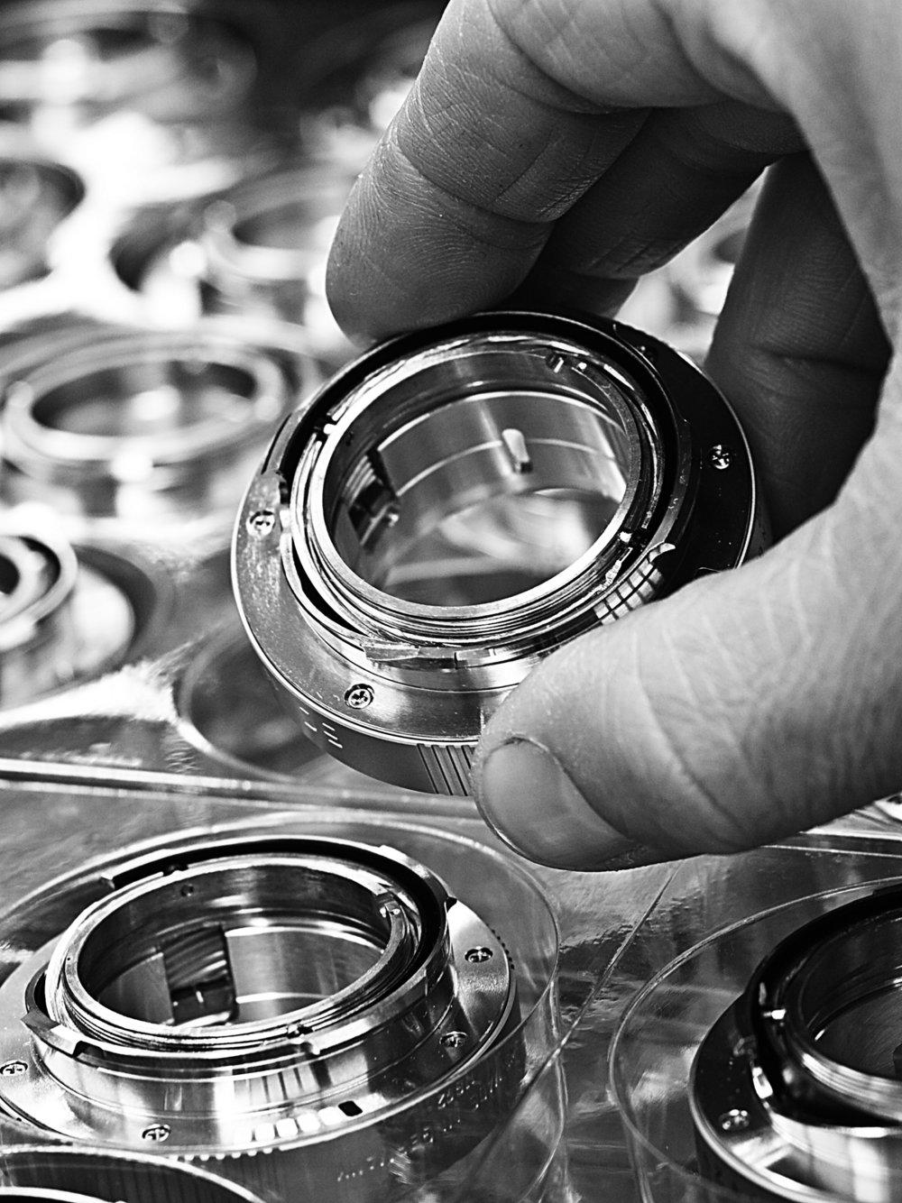 Leica Noctilux manufacturing 5.jpg
