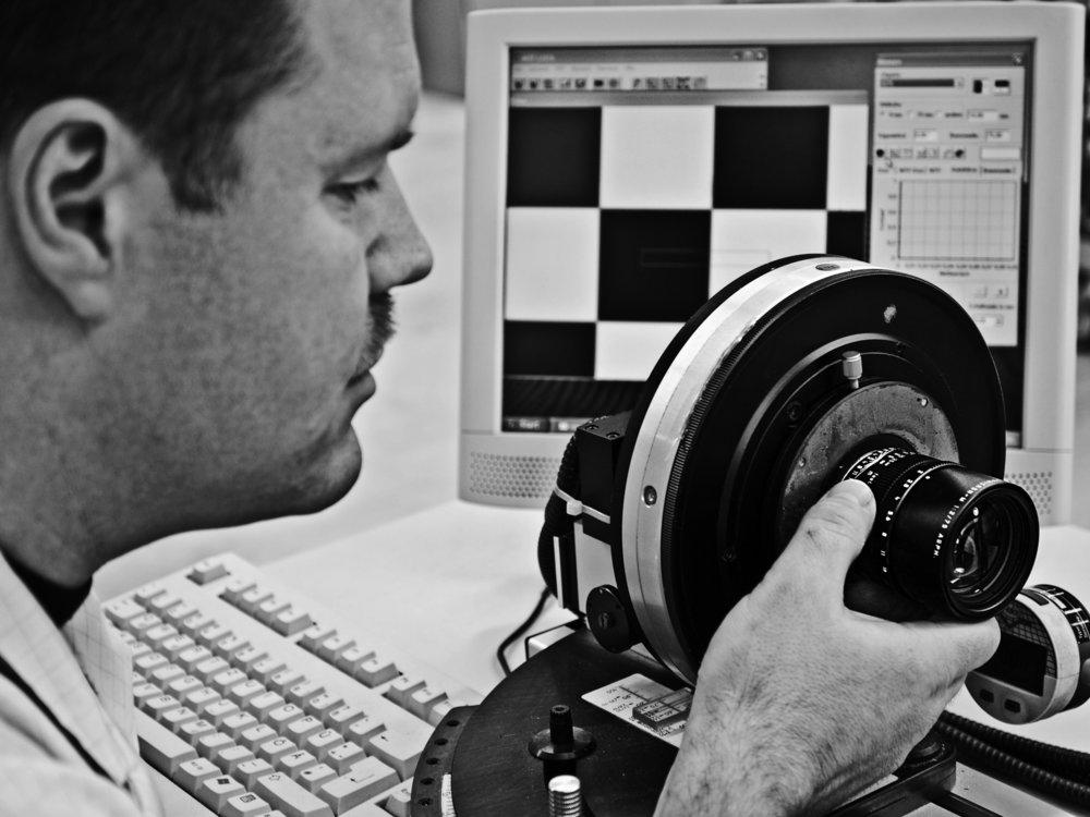 Leica Noctilux manufacturing 8.jpg